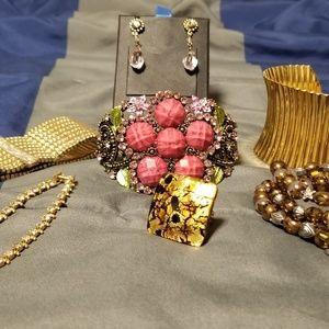 7 piece lot costume jewelry